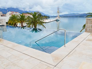 Luxury apartment Porto Montenegro