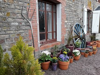 Large house in Normandy countryside perfect for families & friends - sleeps 10+