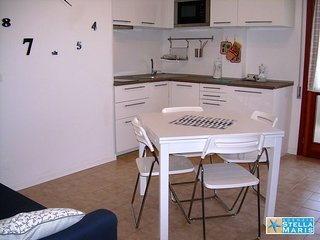 Sabbiadoro - Two-room apartment for 4 people - 50 m. from the beach