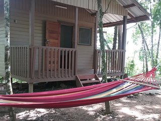 Hidden Haven - Ginger Lilly 1 bedroom cabana in jungle
