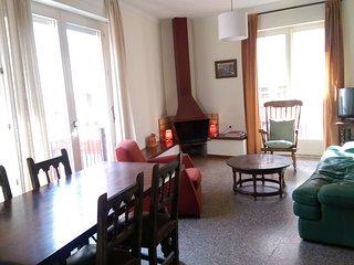 Appartement dans le centre historique à seulement 40m de la plage. Free Wi-Fi.