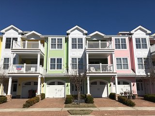 NORTH WILDWOOD -Luxury Vacation Rental  403 (Unit 2)- 1 Block to BEACH