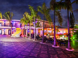 Sosua Bachelor Party 21 BR Hollywood Style Mansions PRICE MATCH