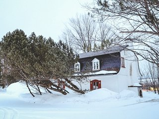 Intimate & Rustic B&B   Double Room   30 min from Old Quebec