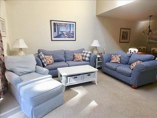Townhouse newly recorated 2 BR, 2 Bath w/straight staircase, A/C & Pool (fees ap