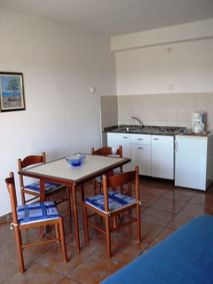 A3(2+1): kitchen and dining room