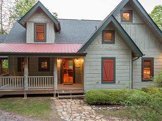 Gorgeous cabin w/ game room, huge decks, & water views - near hiking & fishing!