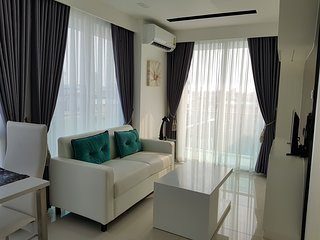 Nice 1 Bedroom with a Great Pool Pattaya City