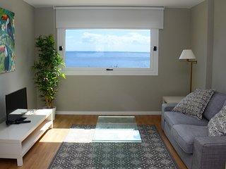 Cómodo apartamento junto al casco antiguo con vistas al mar