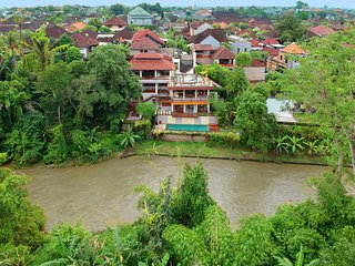 Little Ubud River View Emerald Villa 4 pax
