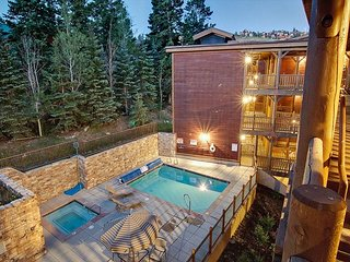 Black Bear Lodge in Deer Valley, Fire Place, Outdoor Pool & Hot Tub