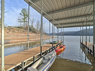NEW! Rogers Studio Apt. w/ Shared Dock & Fire Pit!