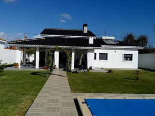 Nice chalet with swimming-pool