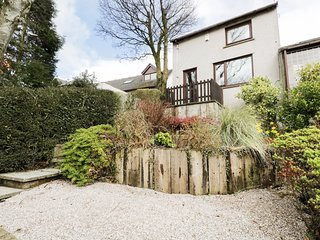 SUNSETS, views of Arnside, WiFi, near Lake District, Ref 951493