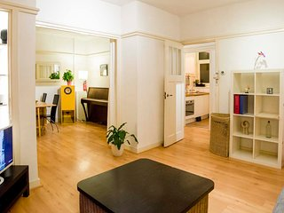 Apartment Near Vondelpark (No smoking)