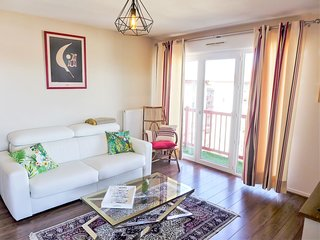 2 bedroom Apartment in Saint-Jean-de-Luz, Nouvelle-Aquitaine, France : ref 56052
