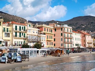 2 bedroom Apartment in Alassio, Liguria, Italy : ref 5605202