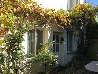 Atelier Wittke, Ferienwohnung mit 4 Schlafzimmern, Küche, Bäder für 6 Personen