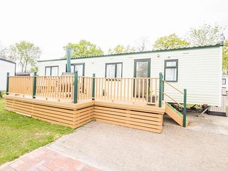 6 berth caravan at North Denes holiday park, ref 40068