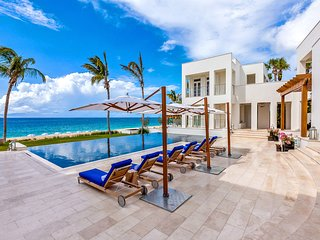 Luxurious and Exclusive Beachfront Property