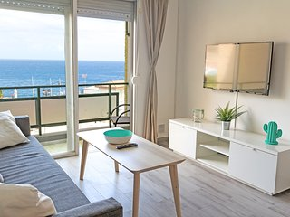 Cosy apartment SEA VIEW and relax + WIFI & terrace