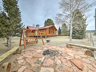Cozy Cabin Near Capitol Reef National Park!