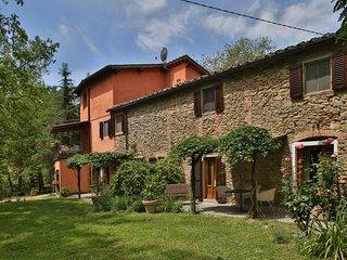 3 bedroom Villa in Cicogna, Tuscany, Italy : ref 5240936