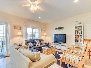 Spacious 2 story condo, great for large families + FREE DAILY ACTIVITIES!!!