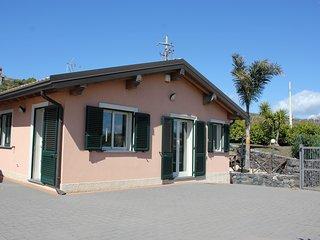 Casa Vacanza Sicily Sun ai piedi dell'Etna