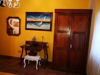 MONIC 83 -RUSTICO- casa vacanza a 150m dal lago di Bracciano