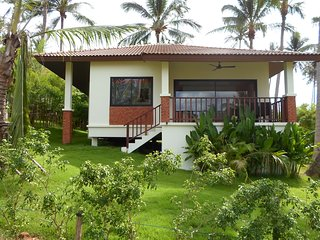 Lovely Villa 2 Bedrooms in Huathanon