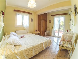 SUPERB 2 BEDROOM APARMENT 6 KM AWAY FROM ARGOSTOLI