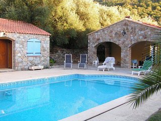 Semplice Aggrondu - Location villa 8 personnes avec piscine, proche Calvi, Corse