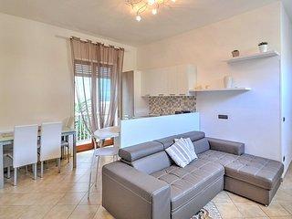 2 bedroom Apartment in Sorrento, Campania, Italy : ref 5229365