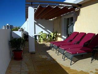 Sköna solsängar för lata dagar på terrassen