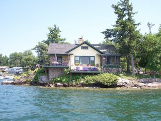 Private Island in the beautiful Thousand Islands, St Lawrence River