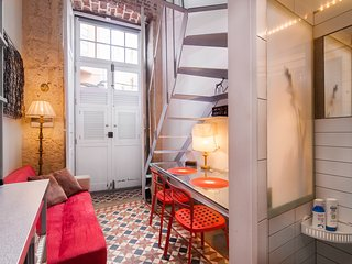 MINI Apartment in OLD CHOCOLATE FACTORY + Shared Patio & Rooftop Terrace