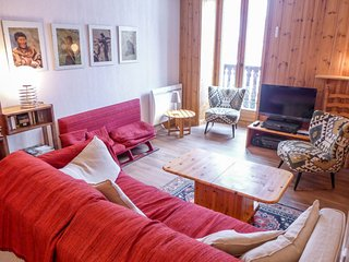 2 bedroom Apartment in Argentiere, Auvergne-Rhone-Alpes, France : ref 5034730