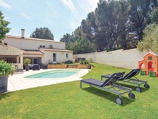 2 bedroom Villa in Cornillon-Confoux, Provence-Alpes-Cote d'Azur, France : ref 5