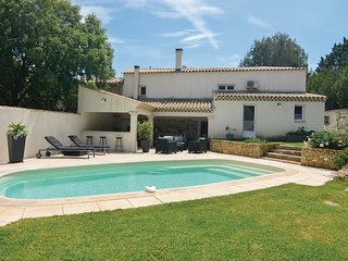 2 bedroom Villa in Cornillon-Confoux, Provence-Alpes-Côte d'Azur, France : ref 5