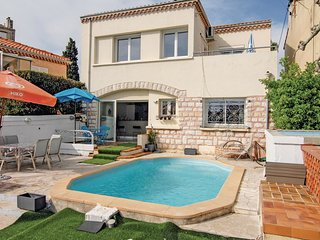 3 bedroom Villa in Marseille, Provence-Alpes-Cote d'Azur, France : ref 5539376