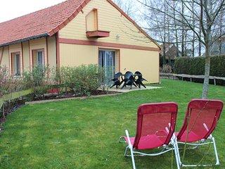 Les Hirondelles, domaine le Soleil Couchant, 15 km du Tréport, mini ferme, jeux