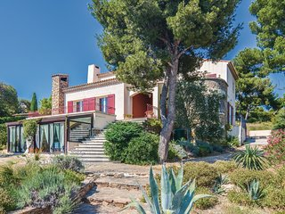 4 bedroom Villa in Carry-le-Rouet, Provence-Alpes-Cote d'Azur, France - 5565722