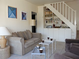 3 bedroom Apartment in Benerville-sur-Mer, Normandy, France : ref 5555169