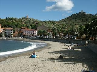 The beach 5 minutes walk from the apartment along   Beach,cafes,bakery,mini market and bars 5 min