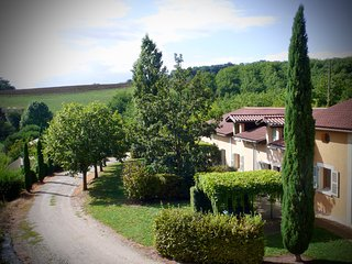 Gites le Paradis *** 319102 -  Superbe vue sur le Vercors. Dominant le village.