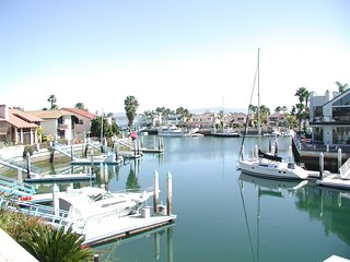 Coronado Waterfront Home with 50' Dock Sleeps 10