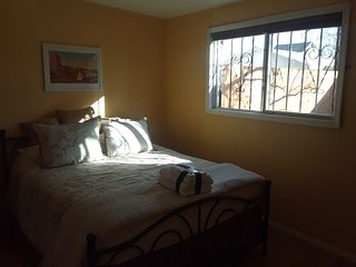 NEW! Prime location: Old Town/Downtown 800 sq ft casita with large garden