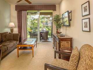 Stay in Style! Kitchen, Lanai, WiFi, Laundry, Flat Screen, A/C+DVD–Hali`i Kai