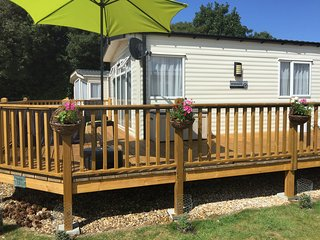 2 Bedroom Caravan Sleeps 4